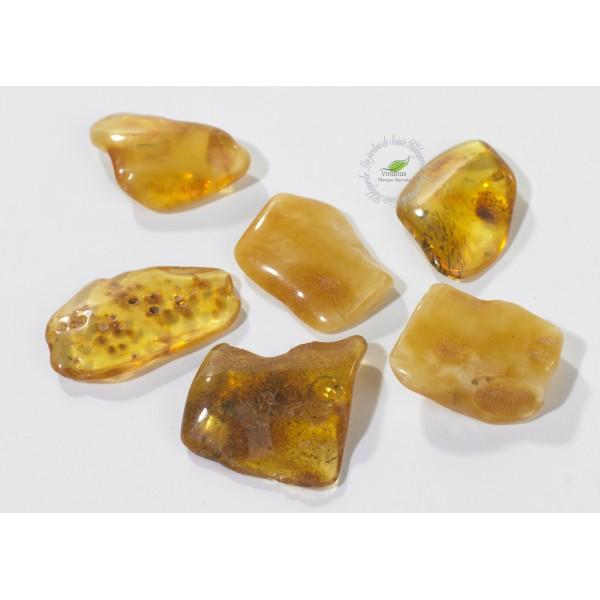 Kamienie szlachetne - Bursztyn polerowany, 70004