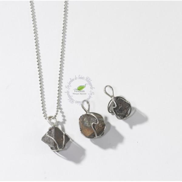 Kamienie szlachetne - Magnetyt kryształ naturalny zawieszka, 70080